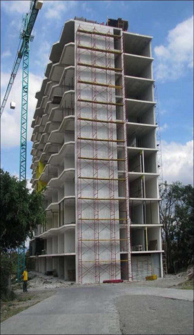 Alquiler de equipos y andamios para la construcción